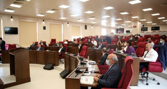 UBP'nin Ad-Hoc Komite önerisine oy çokluğuyla onay