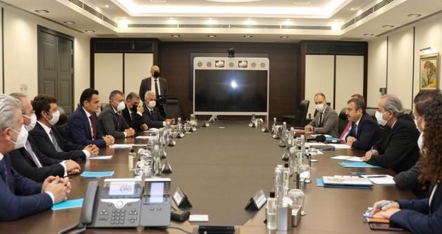 Maliye Bakanı Oğuz'un Ankara'daki temasları sürüyor