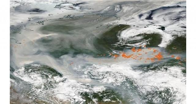 Sibirya'daki yangının dumanı Kuzey Kutbu'na ulaştı