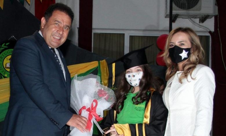 Başbakan Saner: Öğretmenler ulvi bir görevi yerine getiriyor