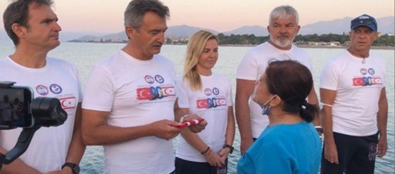 Kıbrıs Barış Harekatı'nın yıl dönümü dolayısıyla Mersin'den KKTC'ye yüzmeye başladılar