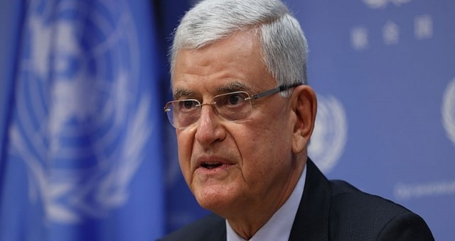 Volkan Bozkurt BM Genel Kurul Başkanlığını devretti