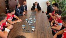 Arıklı: Kıbrıslı Türk sporcular, ambargoları delmenin bir simgesidir