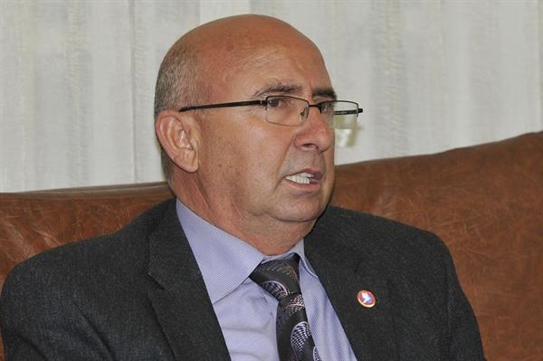 Özyiğit, Erhan Arıklı ve Kıb-Tek yönetimini eleştirdi