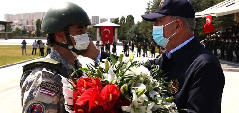 Afganistan'dan tahliye edilen TSK personeli törenle karşılandı