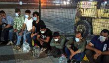 Mersin'de KKTC'ye gelecek olan tır dorsesinde 8 düzensiz göçmen yakalandı