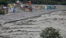 Nepal'de sel ve heyelan: 77 kişi öldü